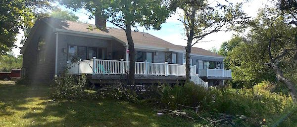 Whispering Tides Vacation Rental Cottage, Owls Head, Maine - Sleeps: 6 Smoking: No Price: $4,000/week Cleaning Fee: No Wi-Fi: Highspeed Internet TV: Cable Pets: No