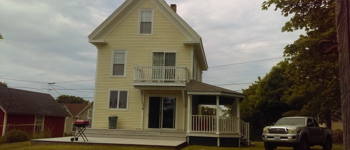 Remodeled Classic Island Victorian Vacation Rental Home Sleeps: 10 Price: $1,700/week Cleaning Fee: No Wi-Fi: Highspeed Internet TV: Cable Pets: No